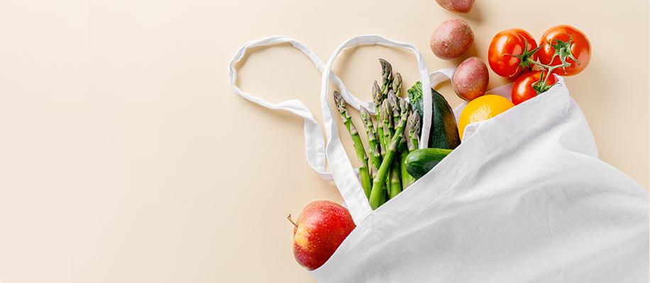 Alperce Seco assim como outras frutas, vegetais, mercearias e cabazes ao domicílio com a Horta da Maria Portugal